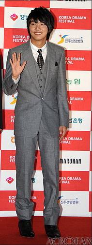ユン・シユン